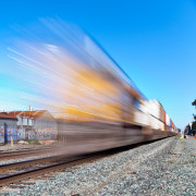 treno in movimento - foto di jar() su flickr